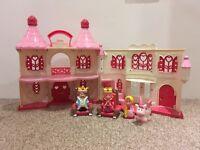 Happyland Princess Fantasy Castle & Picnic Set