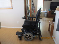 Quantum 600 Power chair