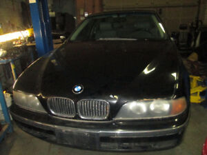BMW 528I - 199 we are parting out to sale the Original Parts