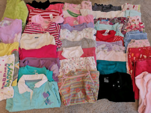Girls clothes 2t (40 pieces)