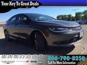 2016 Chrysler 200 S - Low Mileage, Power Seats, Sunroof, 8.4 Tou