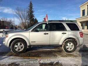 2008 Ford Escape XLT $4950 Must sell
