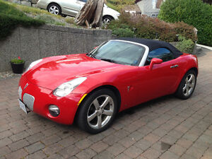 2007 Pontiac Solstice Sports Car (2 seater)