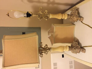 2 marble lamps w shades