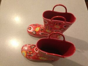 kids rain boots Junior size 2 West Island Greater Montréal image 4