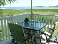 WATERFRONT CONDO WITH GORGEOUS VIEW!