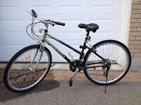 2 vélos hybride