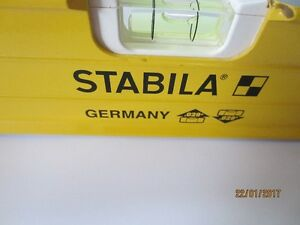 Stabila 4' magnetic level
