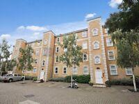2 bedroom flat in Clarence Mews, Bermondsey SE16