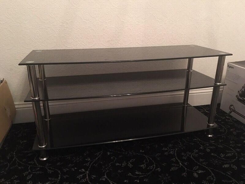 VERY HEAVY SOLID BLACK GLASS TV STAND in Stechford West  : 86 from www.gumtree.com size 800 x 600 jpeg 50kB
