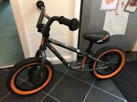 Halfords mongoose balance bike 12""