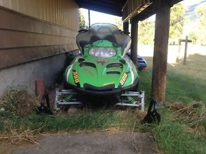 2004 Arctic Cat M9