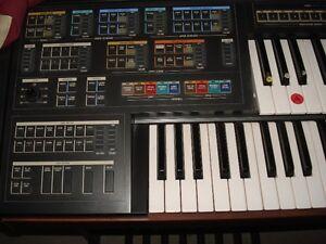 Yamaha Electone MC-600T Keyboard Stratford Kitchener Area image 2