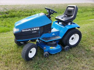 New Holland LS 55H Lawn Tractor