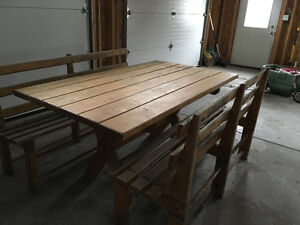 Solid Wood Table and Benches - FOR SALE Gatineau Ottawa / Gatineau Area image 2