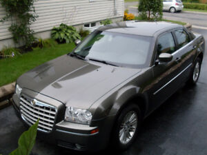 2008 Chrysler 300-Series brun Berline