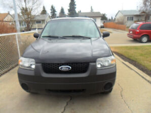 FORD ESCAPE LOW KLMS CALLS ONLY NO TEXT