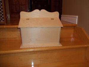 Boîte aux lettres en bois.