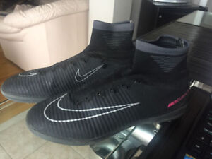 Indoor/Turf soccer shoes size 8.5