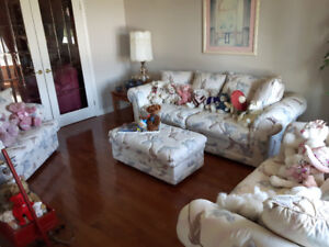LIVING ROOM SOFA LOVE SEAT AND CHAIR AND OTTOMAN