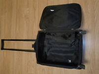 AIRLINE CARRYON SUITCASE