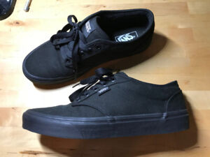 Vans shoes mens Atwood size 9 like new! (2 pairs)
