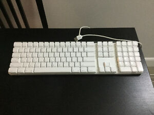 Reconditioned 2005 iMac Apple Keyboard with Numeric Keypad