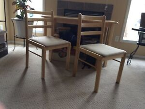 Kitchen table and 4chairs