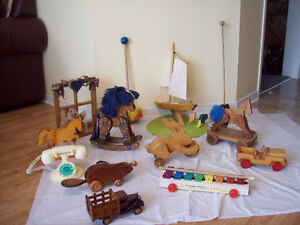 **CHILDREN'S WOOD AND VINTAGE TOYS*** SEE  EACH PRICE+ Minimum *