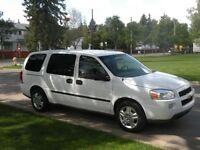 7 PASSENGER FAMILY VAN WITH REMOVABLE SEATS 2008 Uplander