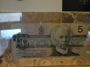 One of a Kind Collectible $5.00 bill stuck between Plexiglass Kitchener / Waterloo Kitchener Area image 2