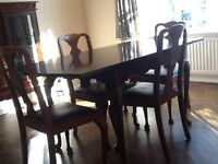 Dining Table a 4 chairs