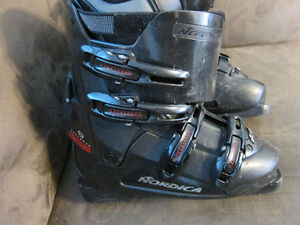 Ski Boots. Virtual Yard Sale check out my other ads!!
