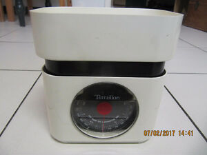 ClassicTerraillon 5lb/2000gram TableTopScale MadeInFrance 1980s