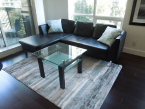 Downtown Vancouver Executive Furnished Corner Suite