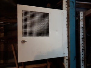Motor home or camper hot water heater and air conditiin