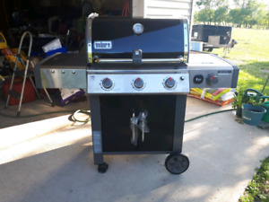 Brand new weber genesis 2 natural gas barbecue