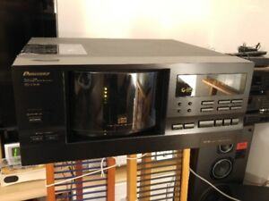 Pioneer 100-disc Multi-play CD Changer PD-F908