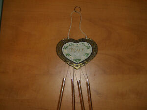 """Heart Shaped Chimes (has""""Peace"""") on it Kitchener / Waterloo Kitchener Area image 1"""