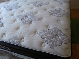 Brand New Sealy KING bed +box , bed bug nd water proof cover fre