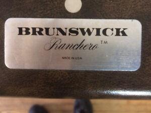 Brunswick pool table $600 obo