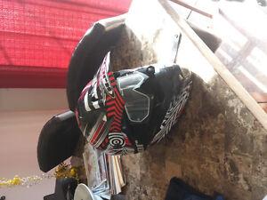 Casque HJC moto vtt scooter avec lunette Thor