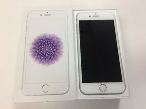 iPhone 6 16GB Silver/White Unlocked Excellent Condition