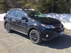 2013 Toyota RAV4 XLE SUV, Crossover. Warranty until 2019