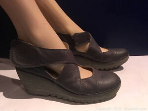 Fabulous Fly London Yepe Platform Wedge Mary Jane Shoes Size 9