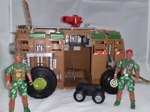 Military van with figures and off roader