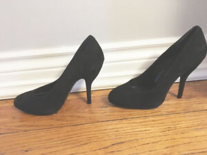 BNIB 7.5 Black Suede High Heels Shoes by BCBG