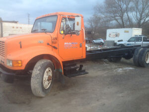 1995 International 4700 DT 466