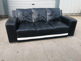 Real black leather 3 seater sofa couch suote 🚚🚚