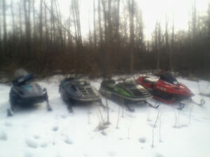 "4 SLEDS RUN GREAT WANT GONE "".READ.ADD."".780.240-9380"
